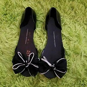 Chinese Laundry black bow toe flats